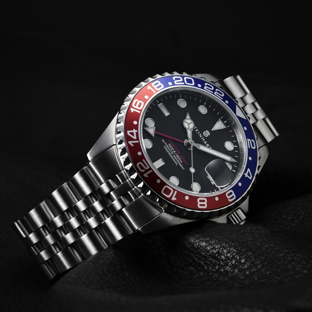 GMT-OCEAN 1 BLUE RED.2   Dive watches, Modern mens watches ...