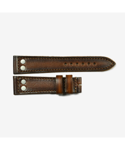 Leather strap cognac with mat rivets size L